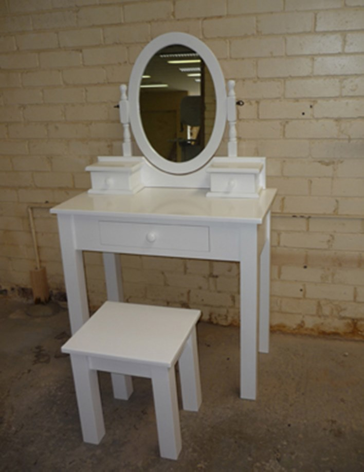 White Dresser Table Suite