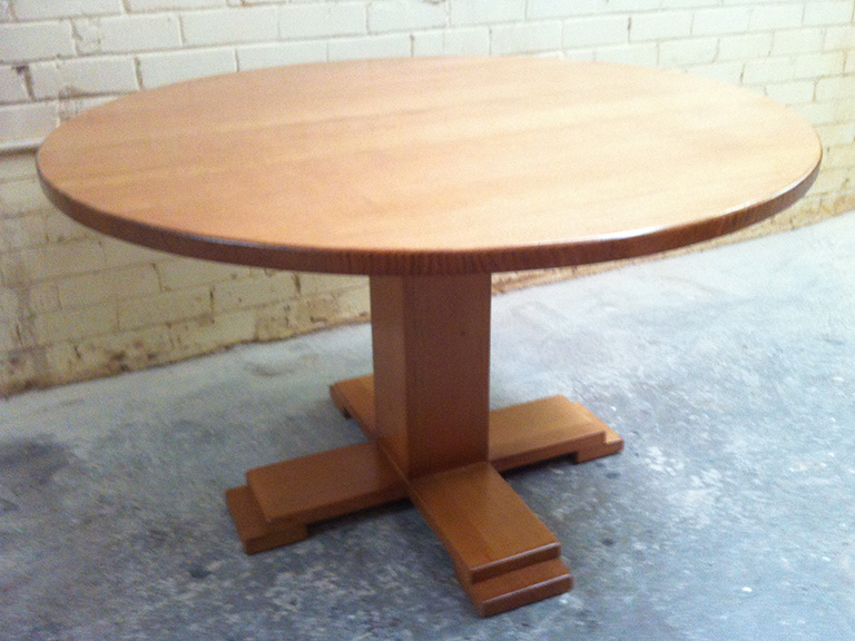 Tassie Oak Dining Table
